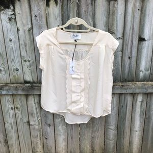 Hy & Dot cream silk short sleeved hi-lo blouse XS